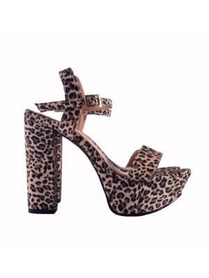 Lola Leopard