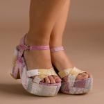 ¿Alguien dijo tonos rosa? ⚡️ ¡este nuevo estilo, será tu favorito!  Avis Pink es una combinación perfecta de los colores del verano (que ya está bastante cerca) y es un estilo femenino lleno de alegría💓  Para mayor información, escríbenos al número de WhatsApp 📱 +57 316 6956781 o al DM  #sábatesshoes #shoes #dreamshoes #women #fashion