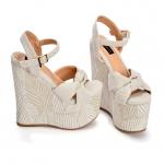 ¡Estilos nuevos disponibles en tienda!   Lino Ámbar es el sueño de cualquier #SábatesLover  Tenemos todas las tallas en stock.  #sábatesshoes #dreamshoes #handmade #estampados #plataformas
