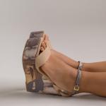 ¡Prints versátiles y femeninos! ✨  Con tonos tierra y una plataforma distinta, Noa Tierra ha logrado ganarse el corazón de todas⭐️  Un estilo que servirá para cualquier ocasión y que impresionará con tan sólo verlo👀  Para mayor información, escríbenos al número de WhatsApp 📱 +57 316 6956781 o al DM  #sábatesshoes #shoes #dreamshoes #prints